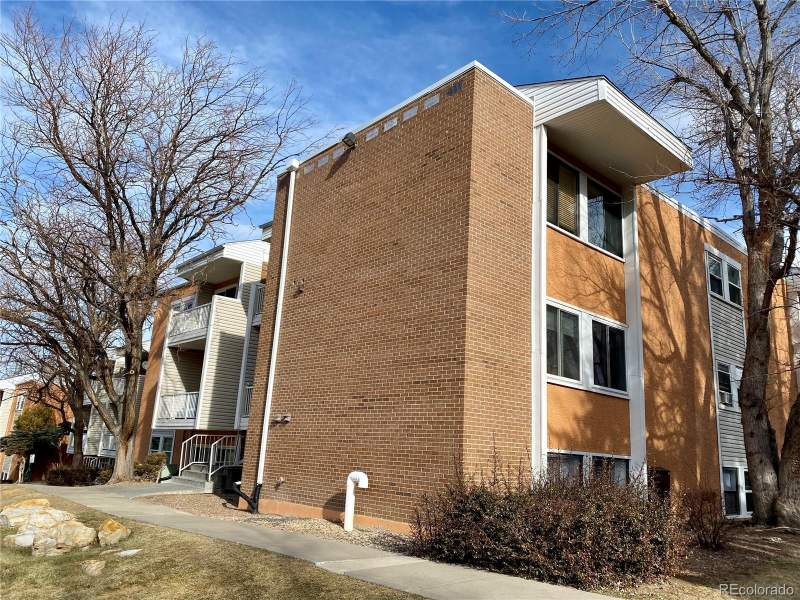 501 Golden Court #101,  Golden, CO  80401 Image